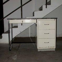 Industrial design. Mauser. Baisch. Medical desk. 1950 - 1960.