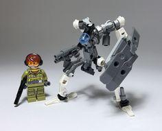 Sentry robot-01 by ToyForce 120 http://flic.kr/p/QpRVuP
