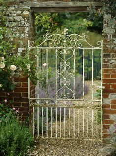 Antique Gate Photos