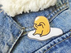 Gudetama Lazy Egg Kitsch Kawaii Anime Japanese Pin Badge Brooch