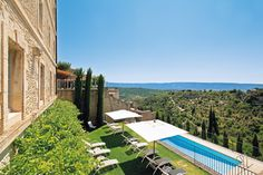Spa Hotel in Provence - La Bastide de Gordes - Official Website 5 Star Spa, Spa Luxe, Luberon Provence, Palace, Hotel Spa, Outdoor Furniture, Outdoor Decor, Sun Lounger, Places Ive Been