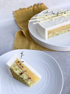 Mango Desserts, Danish Dessert, Amazing Food Photography, Cake Recipes, Dessert Recipes, Mango Cake, Fancy Cakes, Cake Creations, Cake Cookies