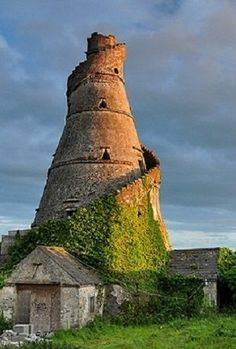 The Wonderful Barn, Celbridge, County Kildare, Irlanda. Oh The Places You'll Go, Places To Travel, Places To Visit, Ireland Travel, Dublin Ireland, Cork Ireland, Ireland Vacation, British Isles, Architecture