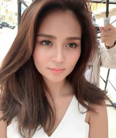 Find out new hair care tips. Hairstyles For Long Hair. Filipina Actress, Daniel Padilla, Liza Soberano, Asian Hair, Hair Care Tips, Celebs, Celebrities, About Hair, Back Home