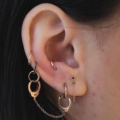 Ear Cuff Set Rose Gold and Gold Brass - Set of Two - No Piercing - Wire Wrapped - Ear Wraps - Cartilage Earrings - Custom Jewelry Ideas Geode Jewelry, Ear Jewelry, Cute Jewelry, Crystal Jewelry, Crystal Earrings, Dangle Earrings, Jewelry Accessories, Jewellery, Wedding Accessories