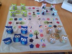 Basteldeern: Man (h) owl not! Human trouble do not sew - with cute owls - Fabric Crafts for Diy and Crafts Felt Crafts Diy, Diy Crafts For Kids, Sewing Crafts, Sewing Projects, Owl Fabric, Fabric Scraps, Diy Accessoires, Diy Mode, Sewing For Kids
