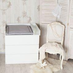Wickelaufsatz für Kommode, Wickelkommode, Kinderzimmer /  white baby's changing unit made by PuckDaddy via http://DaWanda.com