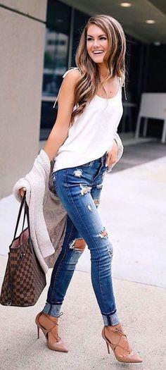 9ae6b67f770 40 Practical Fashion Ideas for Skinny Women