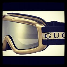 New desire!!! Wanted for snowboarding season!!! #gucci #sports #fashionblogger…