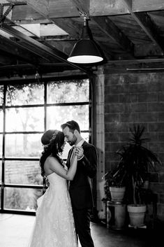This black and white wedding photography was so romantic for a first dance. The bride and groom had a blast at their Smoky Hollow Studios wedding in Los Angeles. Capture Photography, Wedding Photography, Spring Wedding Inspiration, Wedding Ideas, California Wedding Venues, Destination Wedding Planner, Bridesmaids And Groomsmen, Outdoor Wedding Venues, Festival Wedding