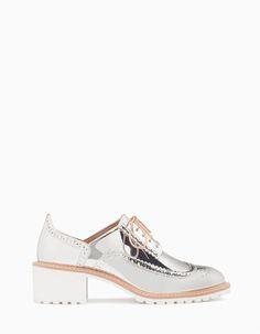 Sapatos blucher salto metalizados