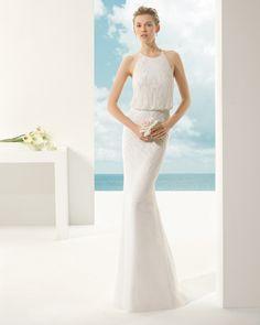 VALY vestido de novia en tul sedoso y pedrería .