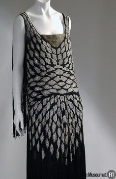 Evening Dress Lucien Lelong, 1926 The Museum at FIT - OMG that dress!