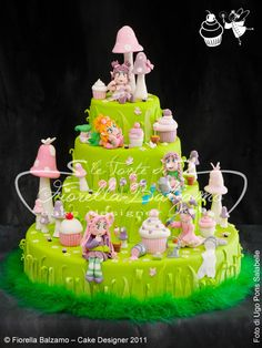 """FAIRY CAKE"" © 2011 Fiorella Balzamo – Cake Designer_UPS5272"