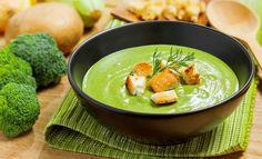 Delikatna zupa krem z zielonego groszku