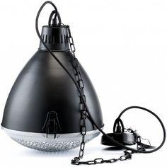 Lampa aluro metalowa w stylu industrialnym. U dołu lampa posiada metalową kratkę. dealne do lokalu użytkowego