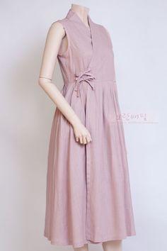Idea for Asian dress closure--lace up instead of knots Trendy Dresses, Simple Dresses, Cute Dresses, Casual Dresses, Summer Dresses, Style Kimono, Hijab Style, Japanese Fashion, Korean Fashion