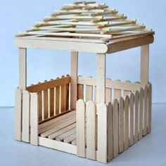 Diy Popsicle Stick Crafts, Popsicle Stick Houses, Popsicle Crafts, Kids Fairy Garden, Diy Fairy Door, Diy Bag Designs, Doll House Crafts, Miniature Fairy Gardens, Garden Crafts