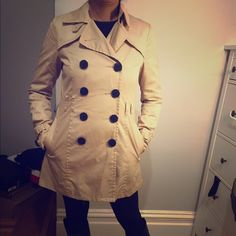 H&M Cream Trench Coat Great condition, belt missing, I never wore it with the belt so I can't find it. H&M Jackets & Coats Trench Coats