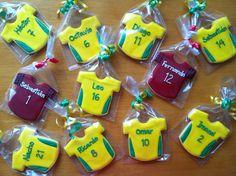 T-shirt soccer cookies