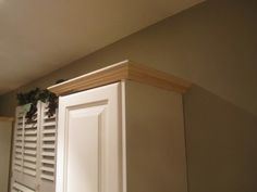 kitchen cabinets crown molding woodworking talk woodworkers forum crown molding kitchen cabinet ideas comfortable home design