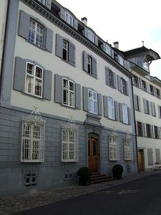 Rheinsprung in Basel, #Switzerland #street #beautifulplaces