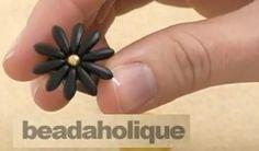 How to Make a Dagger Bead Daisy Ring