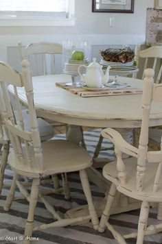 Start at Home - Annie Sloan Old Orche chalk paint Chalk Paint Dinning Table, Chalk Paint Chairs, Painted Dining Room Table, Chalk Paint Kitchen, Shabby Chic Dining Room, Dining Tables, Paint Furniture, Farmhouse Table Chairs, Shabby Chic Kitchen