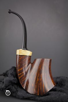 This stunning Warhorse shape pipe was made by a talented young American pipe maker Micah Yeti Cryder. He was born in