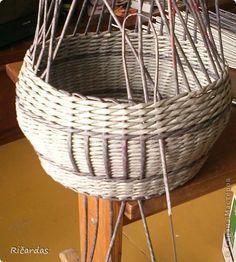 Мастер-класс Плетение Опять коробка+МК Бумага газетная Трубочки бумажные фото 23