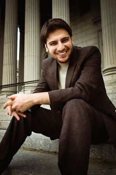 Sami yusuf Islamic Music, Maher Zain, Tv Show Games, Influential People, Beautiful Songs, My Hero, Famous People, Actors & Actresses, My Love