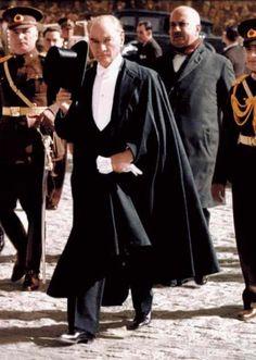 Atatürk Fotoğrafları Resimleri Masaüstü Renkli Atatürk Resimleri Atatürk Fotoğrafları Türk Bayrağı ve Atatürk Resimleri Atatürk Resimleri 1024 Masaüstü Simli Bayraklı
