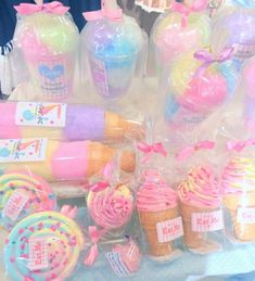 Shared by doll. Find images and videos about cute, food and kawaii on We Heart It - the app to get lost in what you love. Unicorn Party, Unicorn Birthday, Aesthetic Food, Pink Aesthetic, Kawaii Dessert, Dessert Food, Candy Floss, Cute Desserts, Ice Cream Party