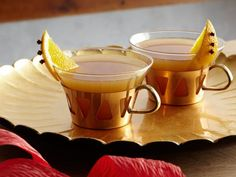 Get /etc/sni-asset/cook/people/person-id/26/aa/26aa1c1c232884119cc2fd4e8981074c's Mulled Cider Recipe from Cooking Channel