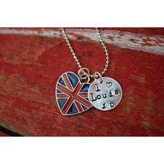 I love Louis Tomlinson One Direction - 1D as featured in Decembers Bop... (93 HRK) ❤ liked on Polyvore featuring jewelry, necklaces, one direction, accessories, 1d, union jack jewelry, ball chain necklace, pendant jewelry, charm pendant and pendant charms