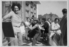 Unknown photographer, Karla Grosch and students on the terrace of the Bauhaus canteen, with stools by Marcel Breuer, c. 1929 Bauhaus-Archiv Berlin
