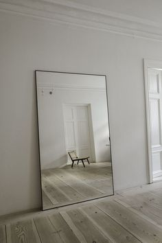 Interior Design Minimalist, Minimalist Home, Home Interior Design, Interior Decorating, Interior Plants, Interior Modern, Minimalist Bedroom, Living Room Decor, Bedroom Decor