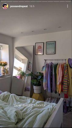 Room Design Bedroom, Room Ideas Bedroom, Bedroom Decor, Bedroom Inspo, Room Ideias, Pastel Room, Cute Room Decor, Study Room Decor, Indie Room