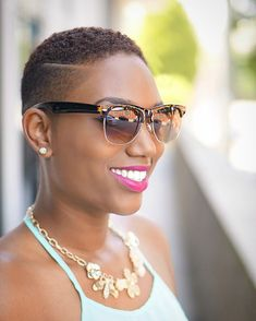 50 Best Short Hairstyles for Black Women in 2017 Check more at http://hairstylezz.com/50-best-short-hairstyles-black-women-2017/