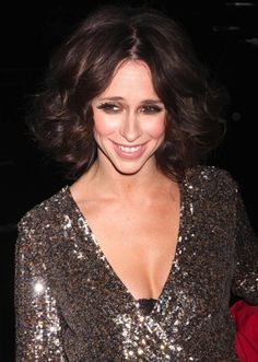Curly Bob Hairstyle for Women with Heart Shaped Faces - Jennifer Love Hewitt - 17 Irresistible Medium Bob Hairstyles for 2015 – Medium Hairstyles & Cuts
