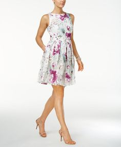 158.00$  Watch now - http://vihzv.justgood.pw/vig/item.php?t=fcckquh1864 - Pleated Floral-Print Fit & Flare Dress