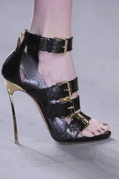 Prabal Gurung Fall 2013 Runway Pictures - StyleBistro