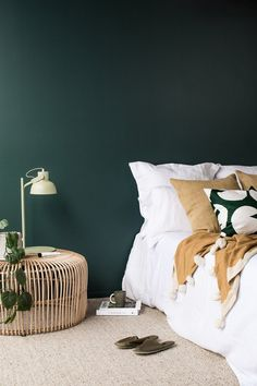 Scandinavian interior design and some tips you need for your home design . Scandinavian interior design and some tips to keep in mind when designing your home bed / youth . Bedroom Green, Small Room Bedroom, Small Rooms, Modern Bedroom, Master Bedroom, Trendy Bedroom, Wall Colors For Bedroom, Burgundy Bedroom, Masculine Bedrooms