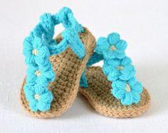CROCHET PATTERN Baby Sandals Buttercup van matildasmeadow op Etsy