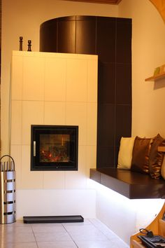 Modern, minimal cserépkályha, külső légbevezetéssel Fireplaces, Interior Design, Wood, Modern, Wood Burning Fireplaces, Wood Stoves, Houses, Log Fires, Design Interiors