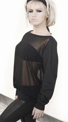 #OuterVision #Moda #Gotica #Rock #Negro #Tshirts #Camisetas #BlackFashion #Models en #EmpSpain #Metal #Studs emp.me/GPZ