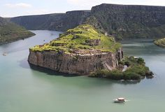 Rumkale'de ilkbahar - Anadolu Ajansı Istanbul Turkey, Geography, River, Nature, Outdoor, Armenia, Castles, Den, Outdoors