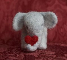 felted elephant @Linda Mullen you should make this/other animals for future grandkids
