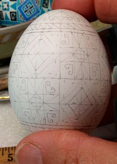 Polish Easter, Egg Shell Art, Easter Egg Pattern, Carved Eggs, Ukrainian Easter Eggs, Vbs Crafts, Egg Designs, Easter Traditions, Egg Art