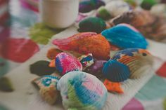 decorate sea shells at the beach!
